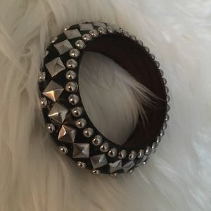 🔥 Black and silver statement bangle